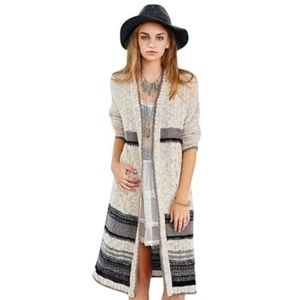ECOTE Urban Outfitters Extra Long Textured Open Front Cardigan S